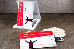 USB-tarjeta-personalizada-cuatricomia