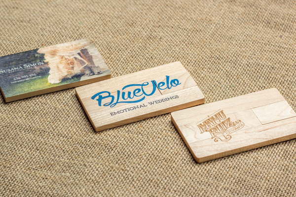 Memoria USB personalizada Wood Card